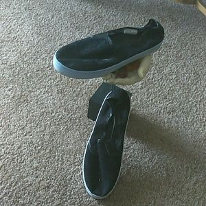 Cato's Slip Ons Size 9
